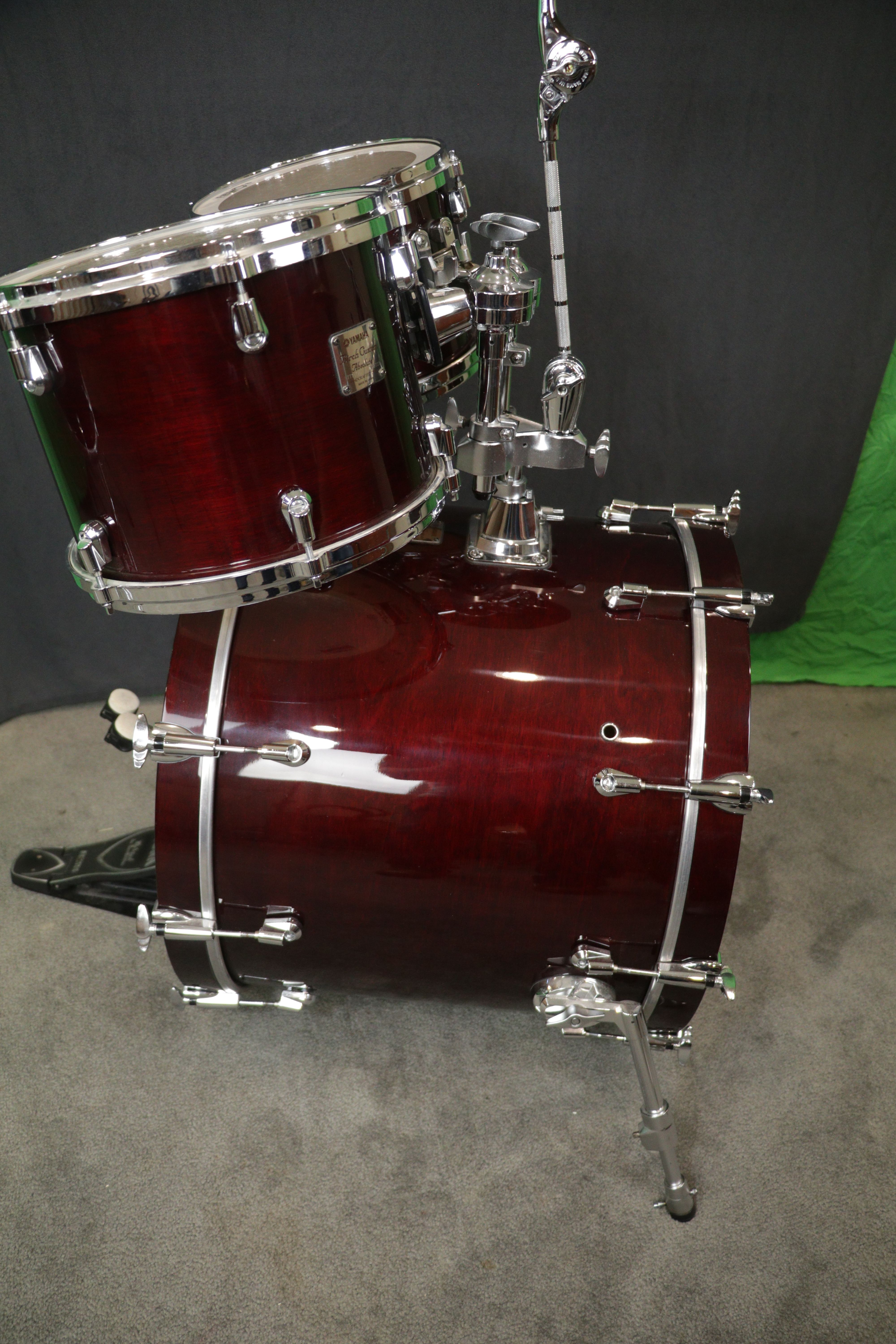 Pin By Henry On Yamaha Absolute Birch Custom Wine Red Yamaha Drums Drums Percussion