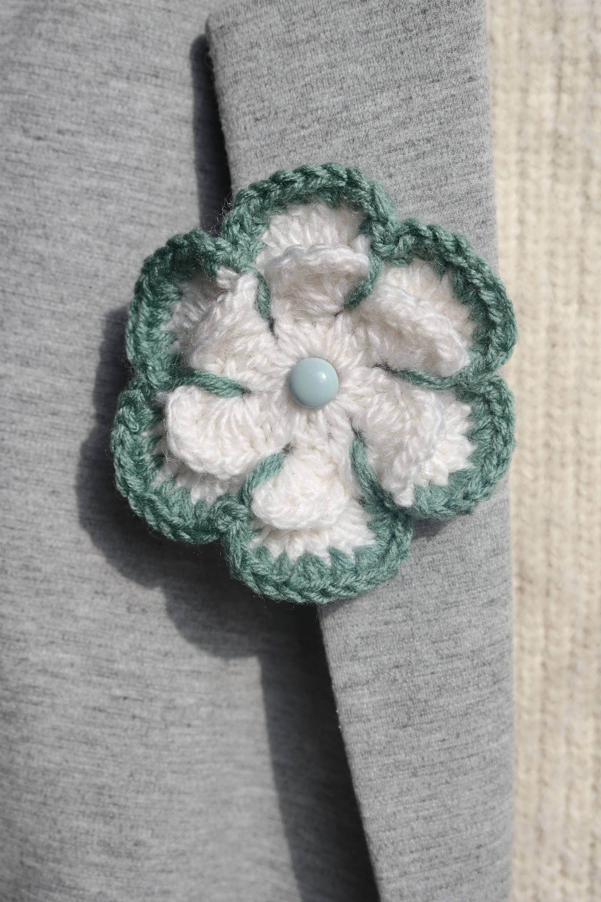 hookin brooch you pinterest pin eyeglass crochet crocheted up