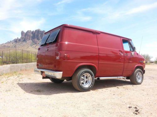 1982 Chevrolet G20 Van With Images Vans Chevy Van Cool Vans