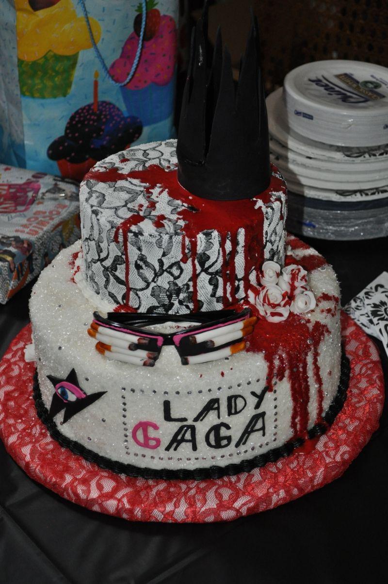 Lady GaGa Eats Cake Cakepins.com