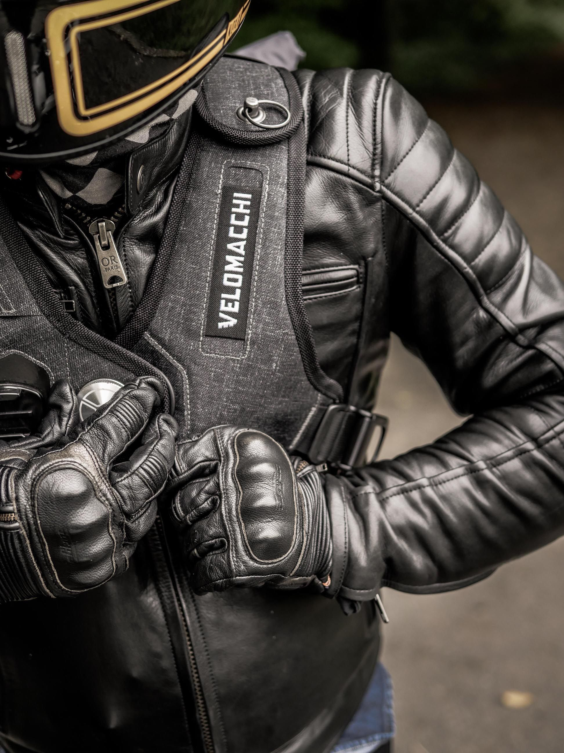Velomacchi 28L Backpack : Le sac moto ultime | Backpacks and Biker style