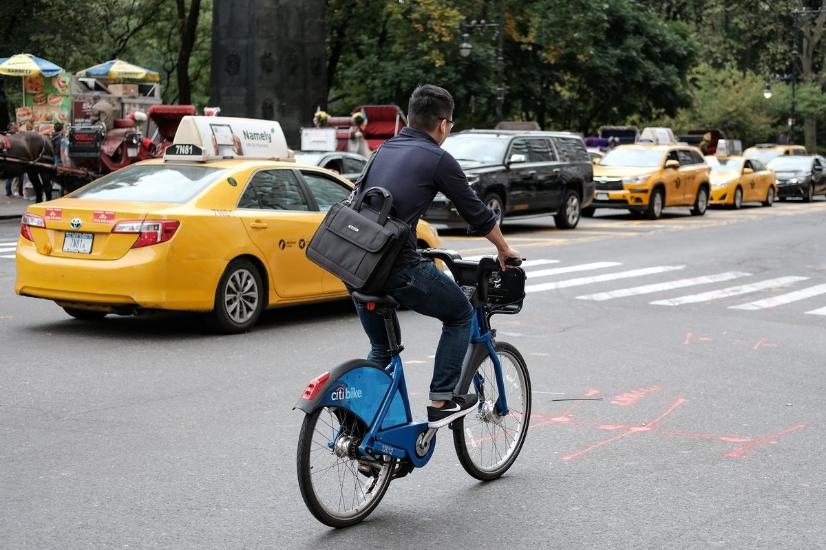 The northbound bike lane would run from Columbus Circle to