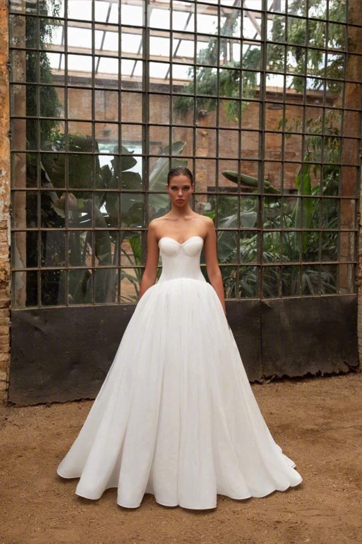 Zac Posen X White One Bridal Fall 2020 Collection Bridal Wedding Dresses Wedding Dresses Bridal Collection [ jpg ]
