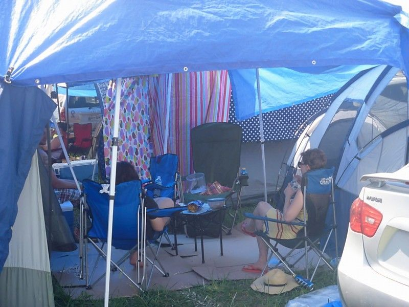 Bonnaroo 2011 Getting There And Day 1 Thursday Tent