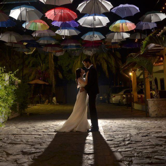 .......... #Novia #Novios #Preboda #boda #Postboda #Amor #love #Mivida #NuevaPareja #NuevaVida #Matrimonio #Casorio  #Photo #BuenaFoto #Foto #weddingdress #Wedding #weddingphotography #Weddingphotographers #WeddingPlanner #weddingsingapore #Weddingphoto #weddingIdeas  #dream_justmarried #NaGuaraDeIdea #NaguaraDeFoto #MeGustanTusFotos #SiTeContrato  #Cabudare #Venezuela by stilofc