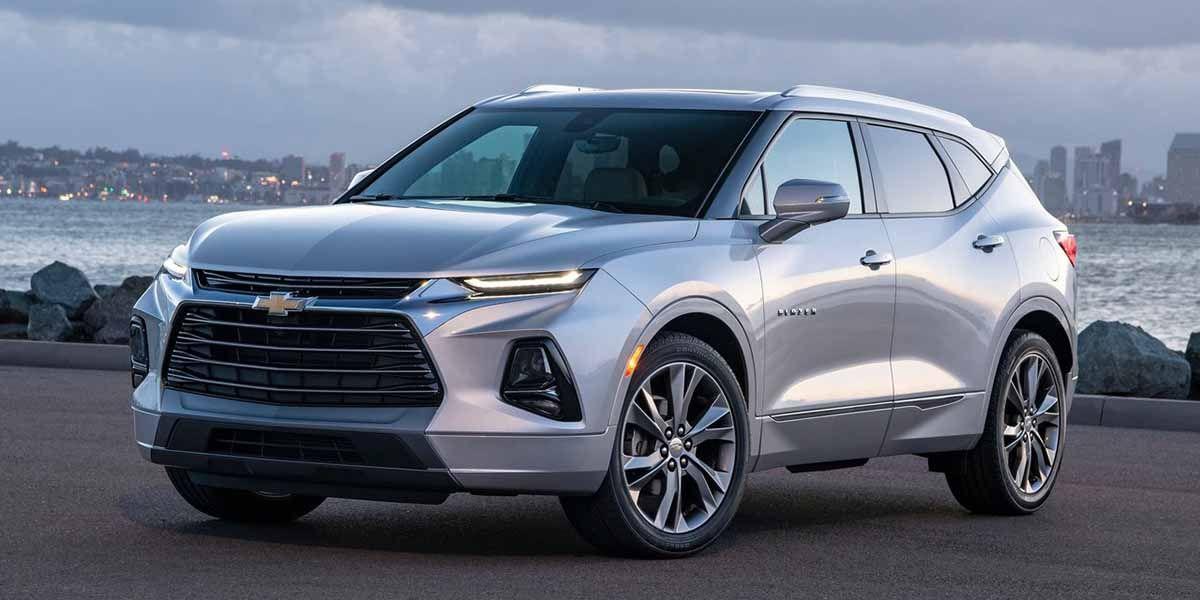 Gm Recibe Duras Criticas Por Exhibir En Detroit Un Auto Fabricado En Mexico Chevy Equinox Chevrolet Blazer Chevrolet Equinox