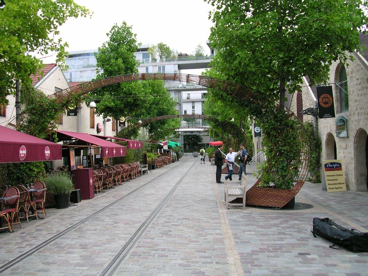 Bercy Village Rue Francois Truffaut 12e Arr Paris Ile De France France Viaggi