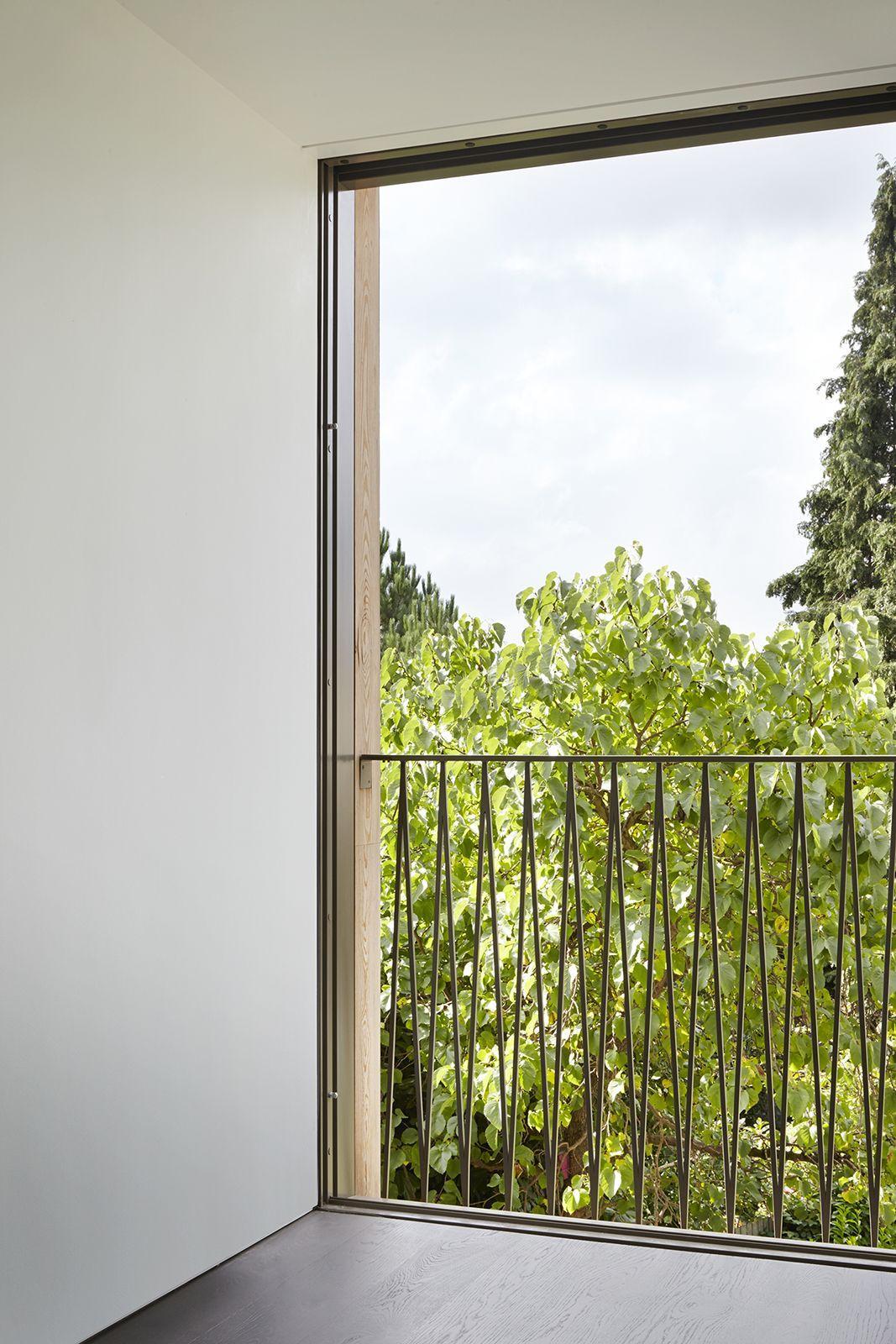 Balcony Design London: Duggan Morris Architects . The Hexagon . London (9)