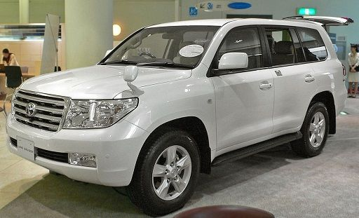Difference Between Land Cruiser Gxr And Vxr Price Specs Price And Specifications