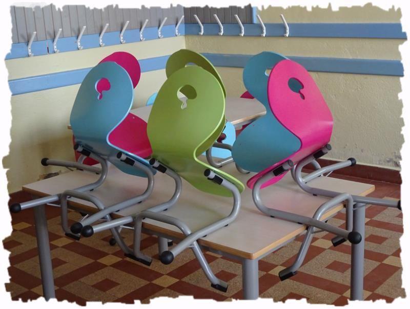 scolaire primaire chaises cha…Restaurant en appui avec 94 NnwOm08v