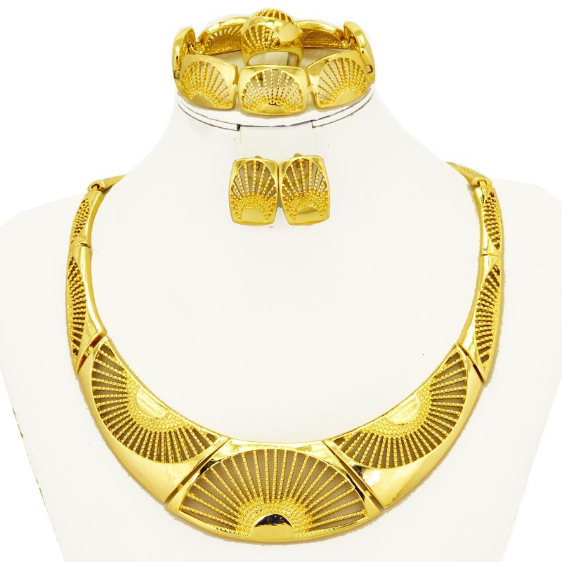 2017 New Big ChokersAfrican Jewelry Sets Dubai Golden Plated