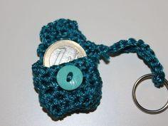 Gratis Häkelanleitung für eine Mini Clutch als Schlüsselanhänger