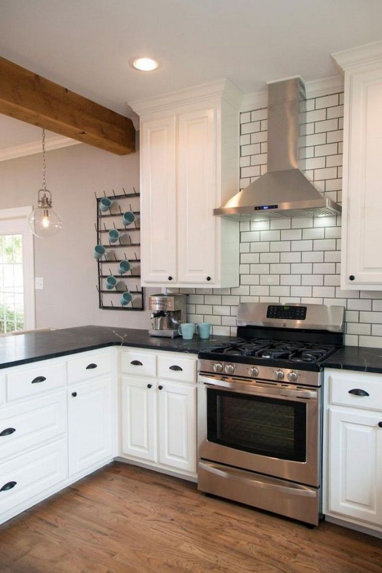 - 40+ Incredible Black And White Subway Tiles Kitchen Design (With
