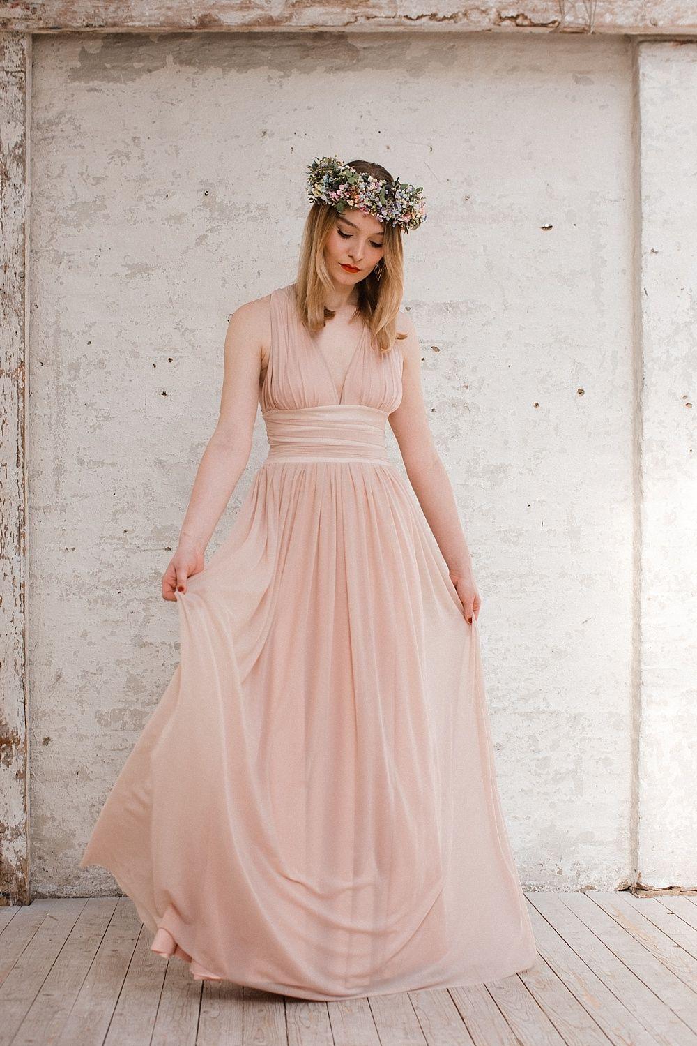 Kleider Fur Die Trauzeugin Und Braut Die Sommerkollektion Von Aveeva Trauzeugin Und Braut Kleider Fur Trauzeugin Trauzeugin Kleid