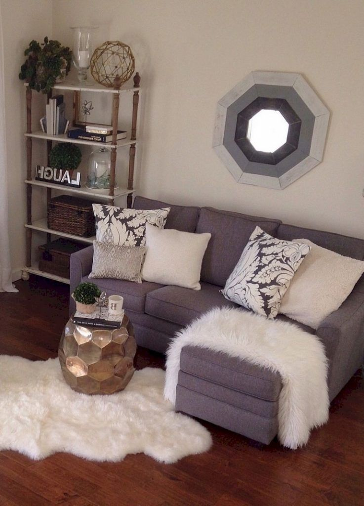 52 Cool Diy First Apartment Decorating Ideas And Makeover First Apartment Decorating Small Apartment Decorating Living Room Decor Apartment