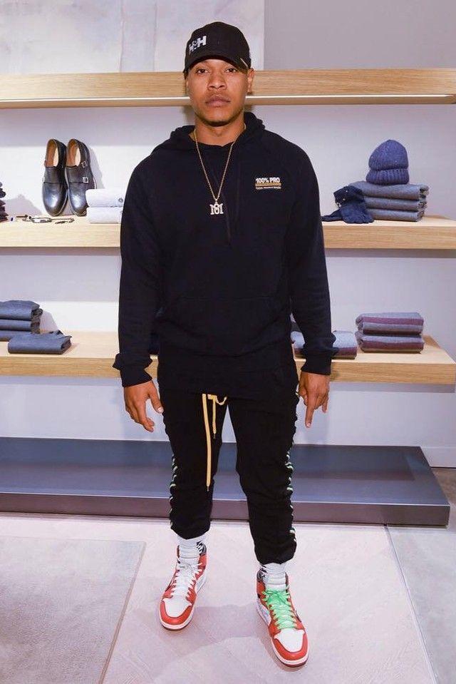 e48bde5e0db2 Marcus Stroman wearing Nike Off-White x Air Jordan 1