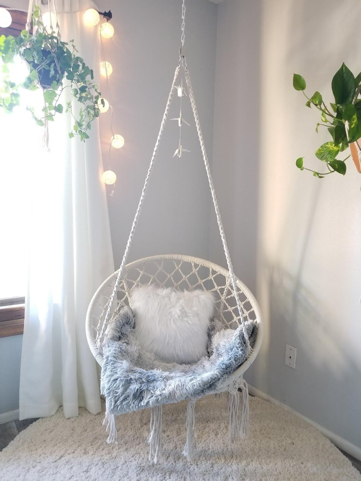 Amazon Com Sorbus Hammock Chair Macrame Swing 265 Pound Capacity Perfect For Indoor Outdoor Home Patio Deck Yard Gard Bedroom Decor Cozy Room Room Decor