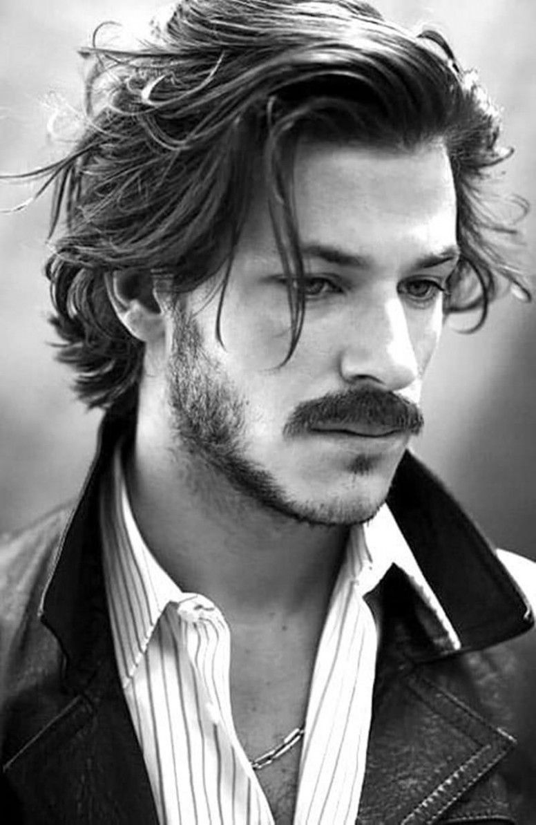 Middle Long Hairstyle Male In 2020 Medium Length Hair Men Long Hair Styles Men Mens Hairstyles Medium