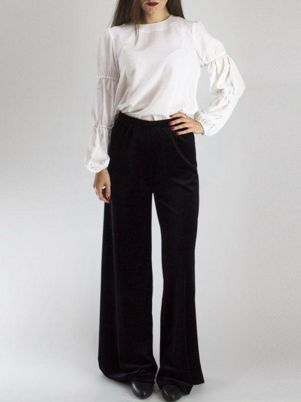 Arpyes Mariachi Pants Ψηλόμεση βελούδινη παντελόνα με λάστιχο στη μέση.  Συνδυάζεται τέλεια με το Arpyes Mariachi Belted Blazer. 616fcfa3924