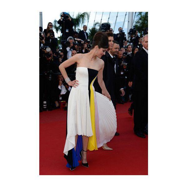 Marion Cotillard debuts Dior resort 2014 at Cannes 2013 'Blood Ties' premiere
