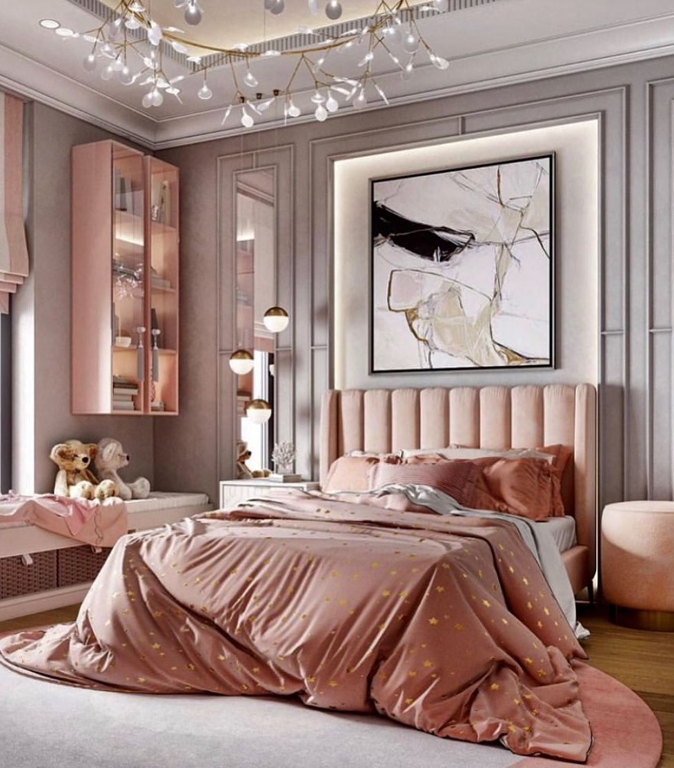 Beautiful luxury pink bedroom decor with channel tufted ...