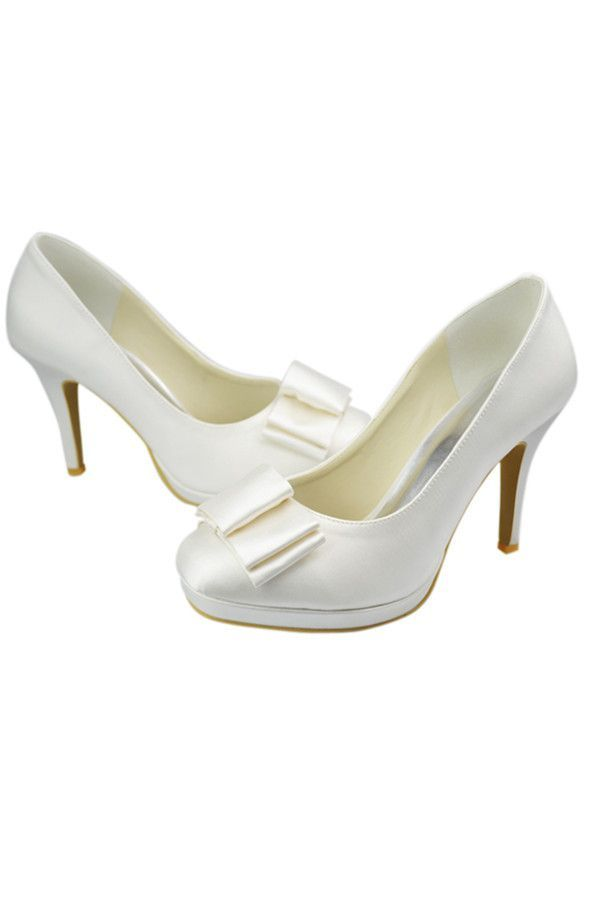 love, but they are white Closed toe wedding shoes