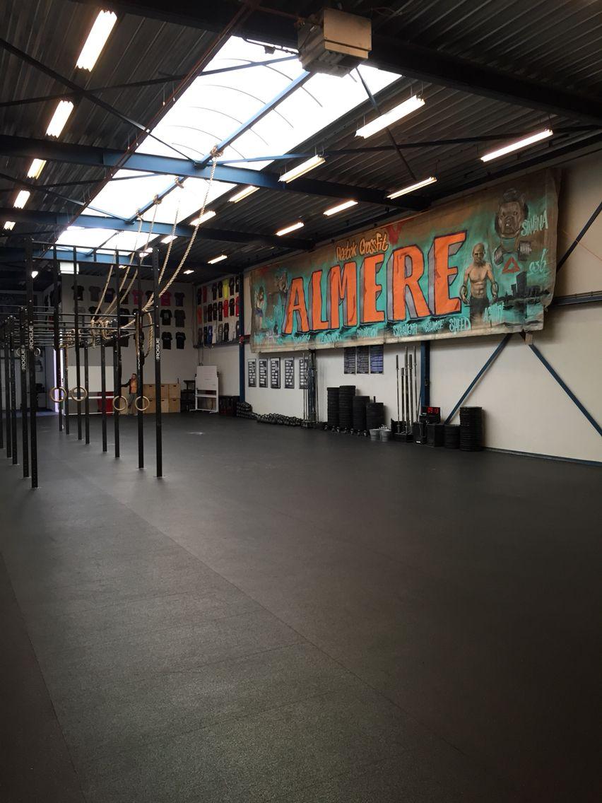 Crossfit Almere Salas de entrenamiento, Box de crossfit
