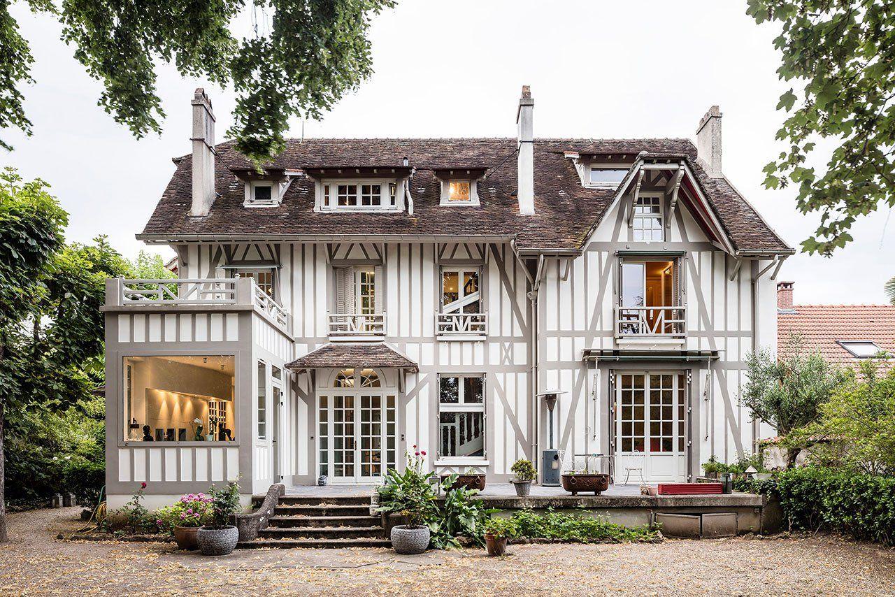 Architecte La Varenne St Hilaire maison à colombages: a stunning 19th-century restoration in