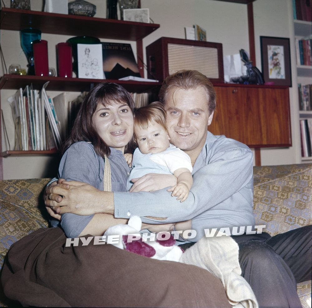 Vic With His First Wife Barbara Turner And Their Daughter