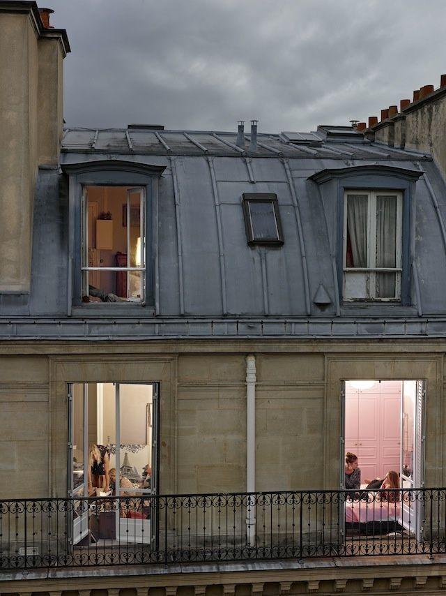 Die Fotoserie iParis Viewsi spielt mit der Kunst des Voyeurismus  The Creators Project view Die Fotoserie Paris Views spielt mit der Kunst des Voyeurismus