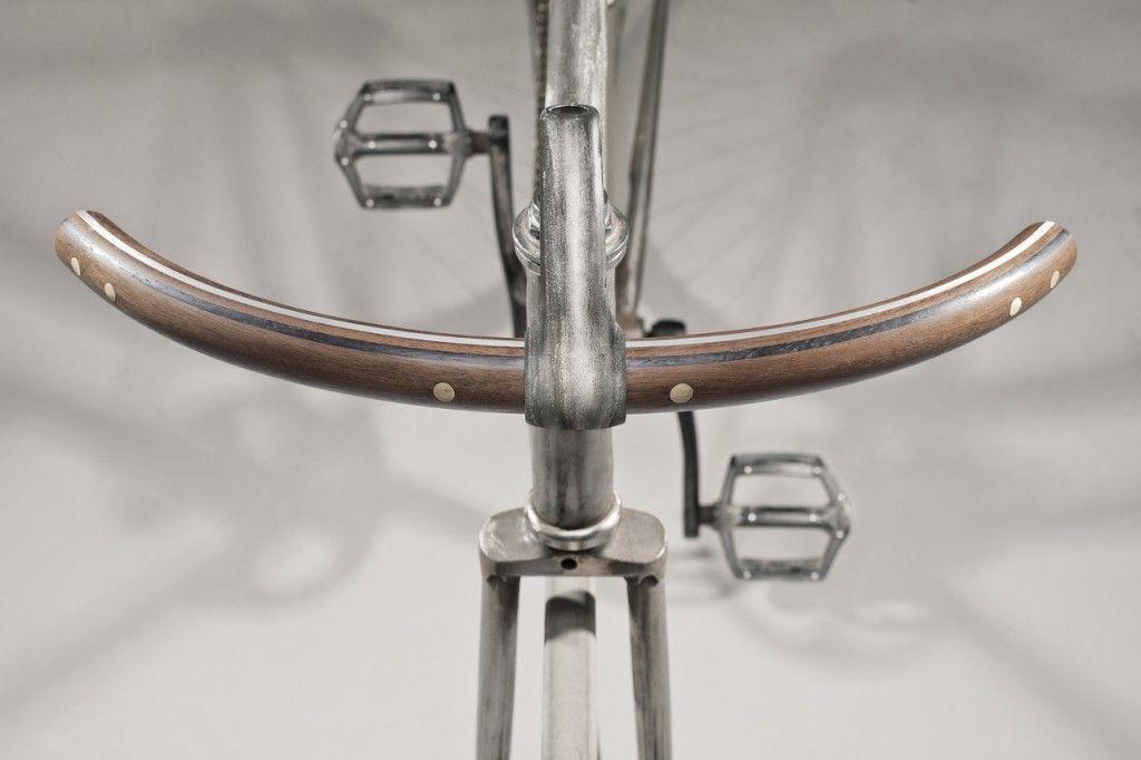 Google Afbeeldingen resultaat voor http://www.elitismstyle.com/blogazine/wp-content/uploads/2012/07/fy-hand-made-wooden-bicycle-handlebar-gessato-gblog-10-1024x682.jpg