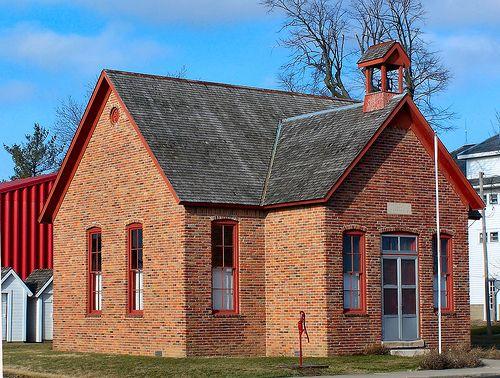 One Room Schoolhouse in 2019 | Old Schoolhouses ... Old One Room School Building