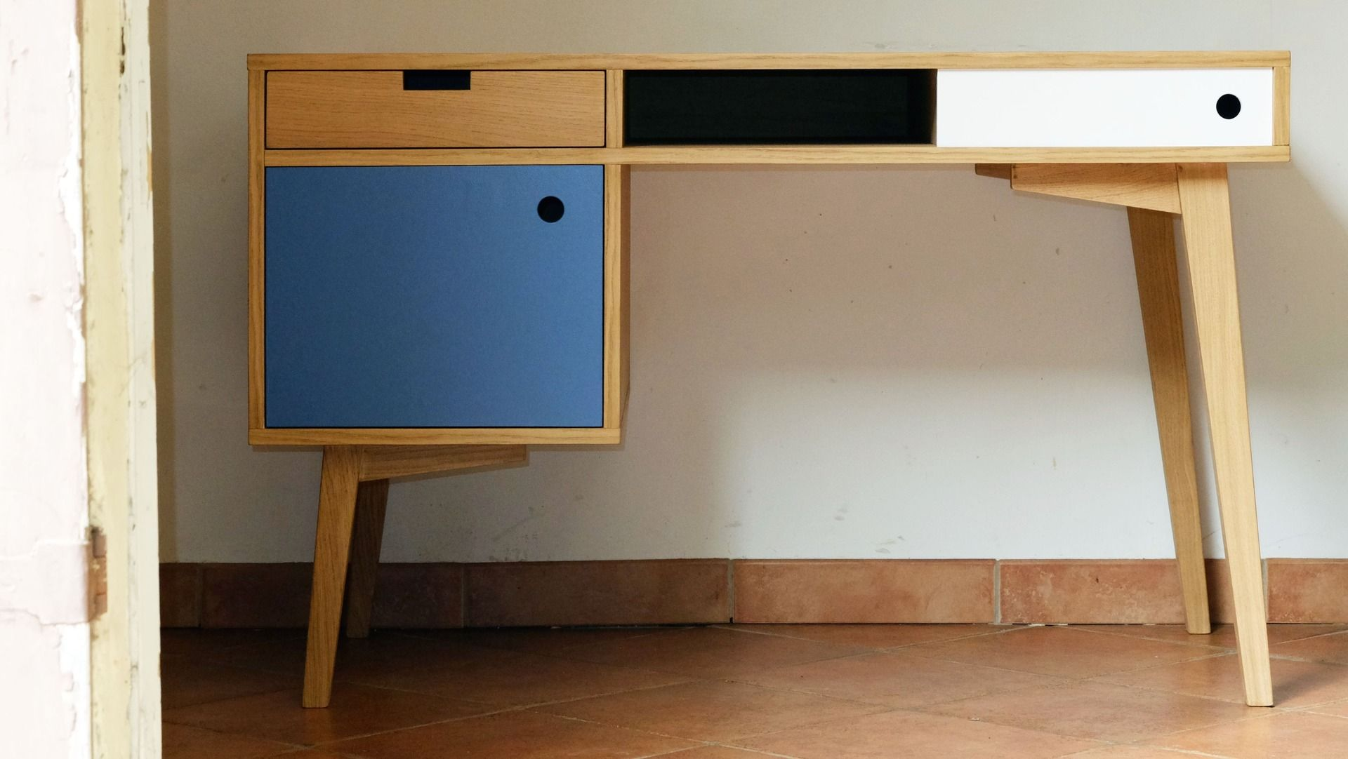 Bureau style scandinave en chªne conteneur Havre