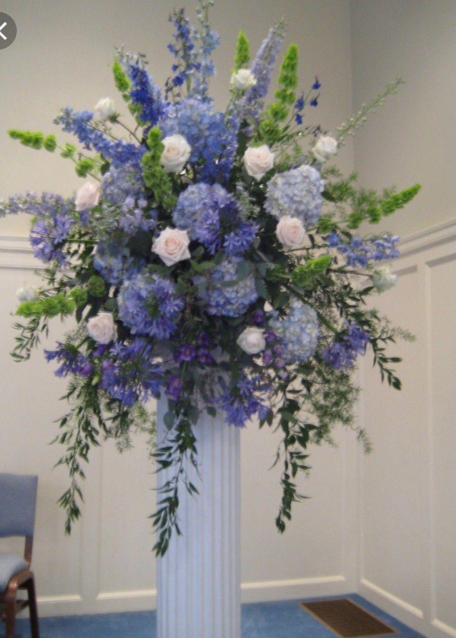 Pin By Frans On Flower Arrangements In 2020 Blue Flower Arrangements Large Flower Arrangements Large Floral Arrangements