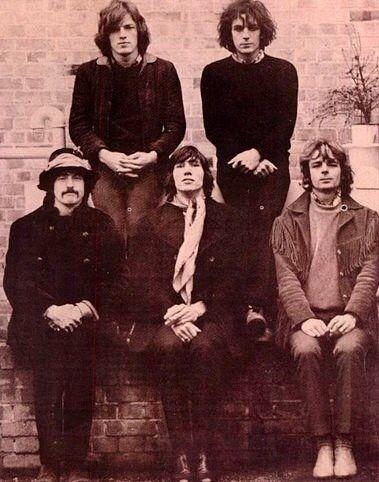 All 5 members of Pink Floyd. David Gilmour, Syd Barrett, Nick Mason,