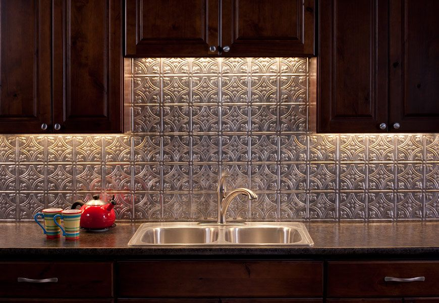 Fasade Backsplash Traditional 1 In Crosshatch Silver