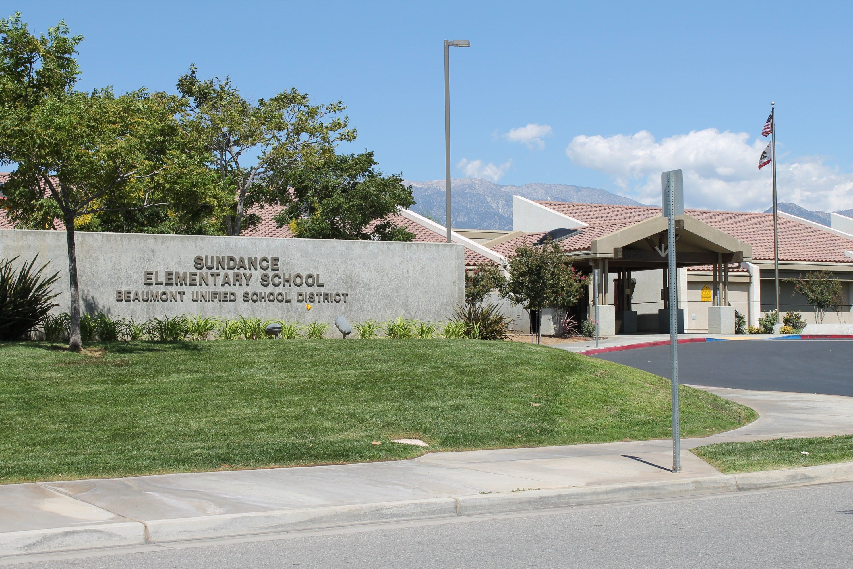 Sundance Elementary School Beaumont Ca Elementary Schools Real Estate Pictures Beaumont