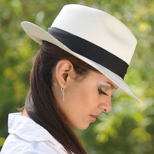 a8ba99e953b13 Fedora Panama Hat - Montecristi for Women | Dressed up in 2019 ...