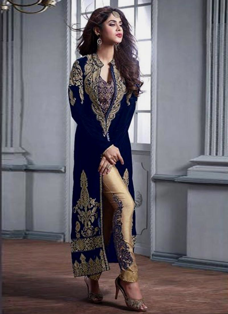 Latest indian party wear salwar kameez for women. Shop online in india, uk, usa, canada. Grab this velvet embroidered and resham work pant style suit.