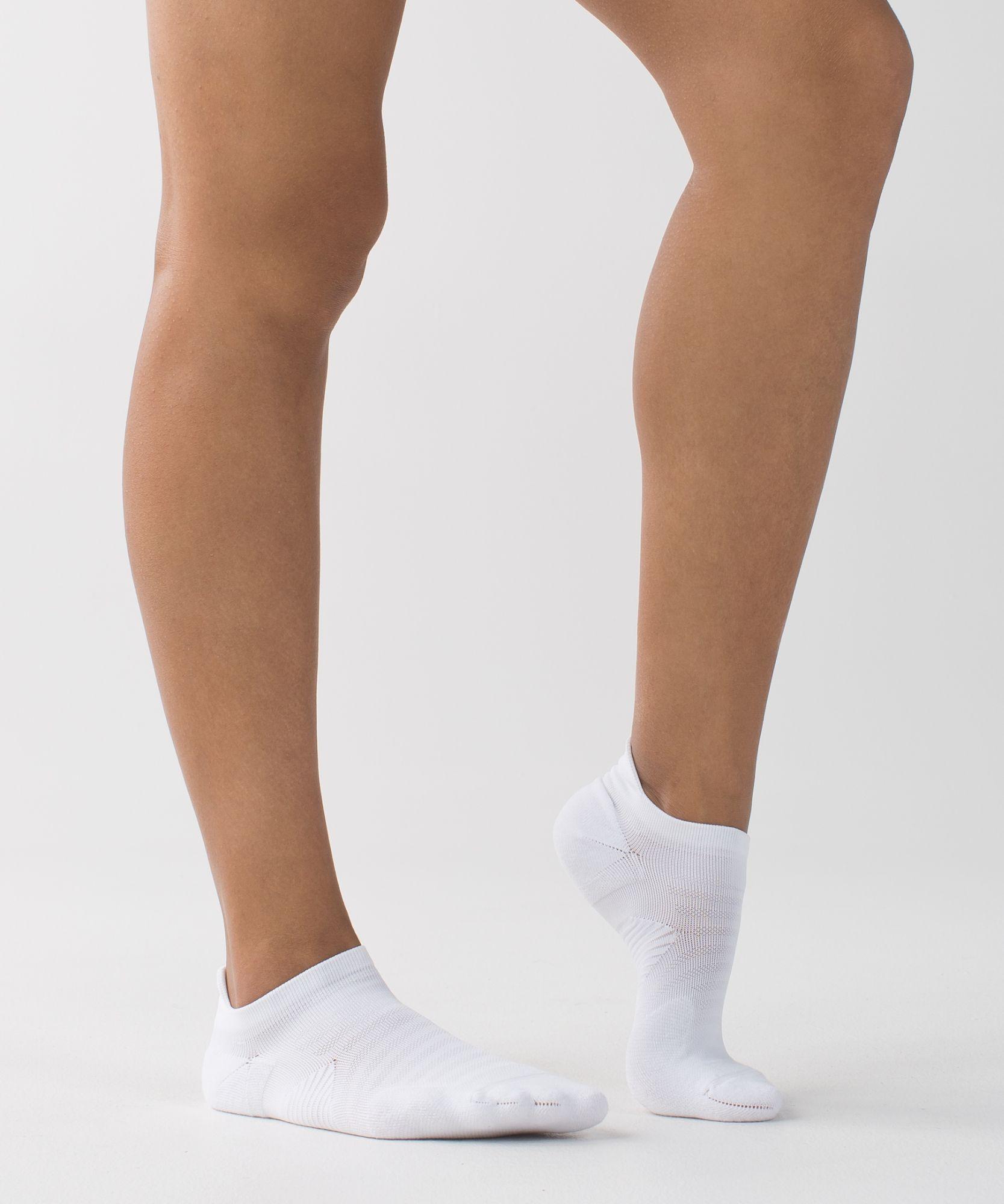 Women's Yoga Socks Speed Sock lululemon (With images