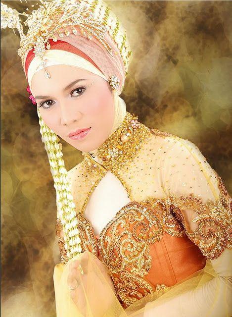 Model Kebaya Akad Nikah Anne Avantie : model, kebaya, nikah, avantie, Kebaya, Muslim, Modern, Untuk, Nikah, Avantie, Model, Kebaya,, Muslim,
