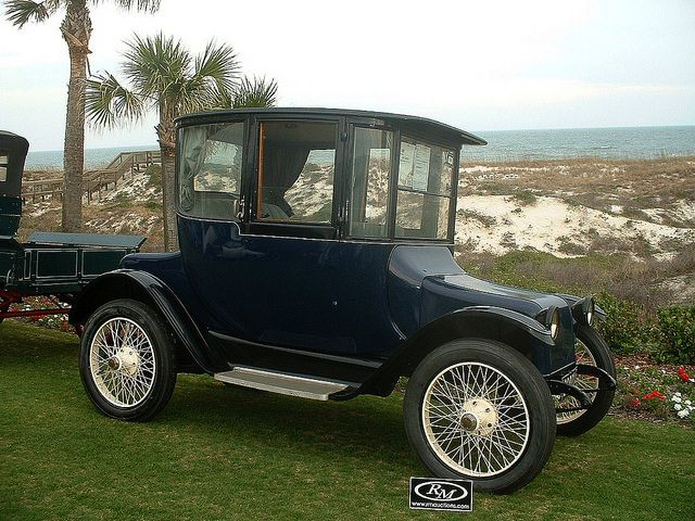 1917 Detroit Electric Model 68 Touring At Amelia Island Antique