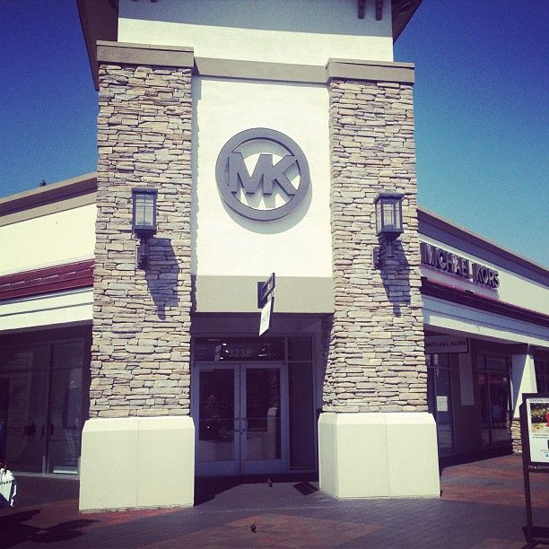 Michael Kors Outlet We Ll Take A Watch And Handbag Please Livermore Premium Outlets Ca Photo By S Loza