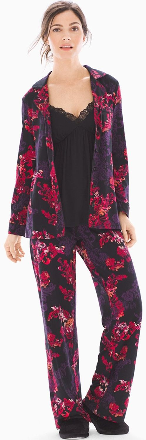 9aa4ddcc59 Christmas Party Outfits in Plus Size - This sleepwear company really ...