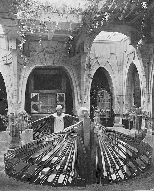Peter Behrens, Vestibule for the Turin exhibition, La Prima Esposizione Internazionale d'Arte Decorativa Moderna, 1902. Heidi