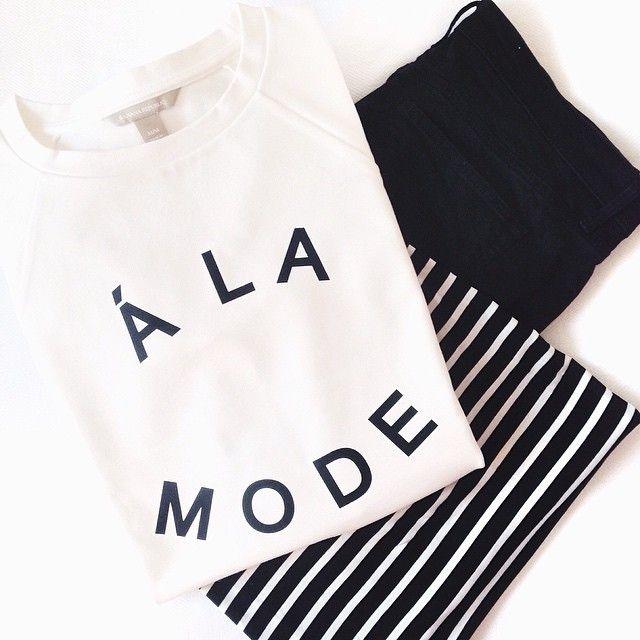 Monochromatic minimalist style | black + white + stripes