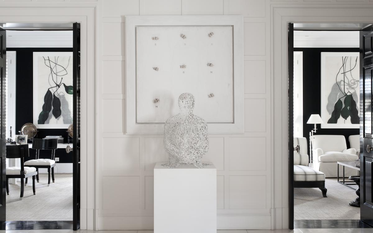Luis Bustamante Studio. Wall art + sculpture on pedestal for din rm ...