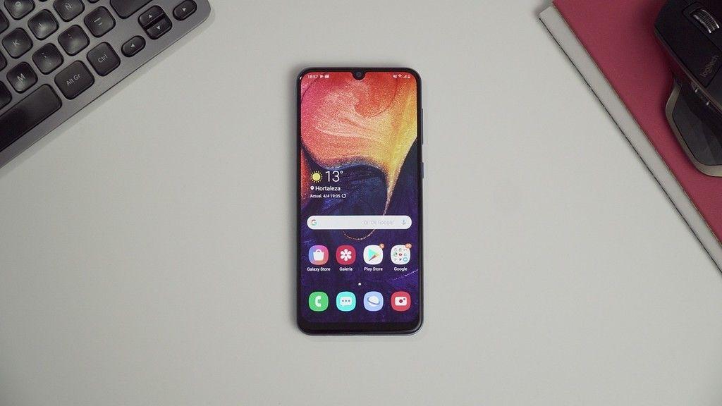 Samsung Galaxy A50 El Nuevo Gama Media Que Pelea Con Xiaomi Y Huawei Por 243 Euros Con Este Cupón Samsung Galaxy Samsung Ofertas