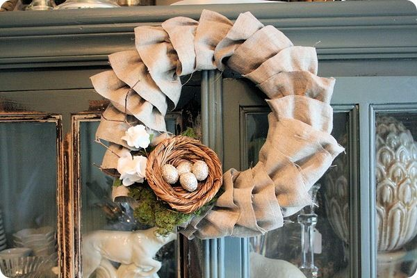 Burlap wreaths rock!