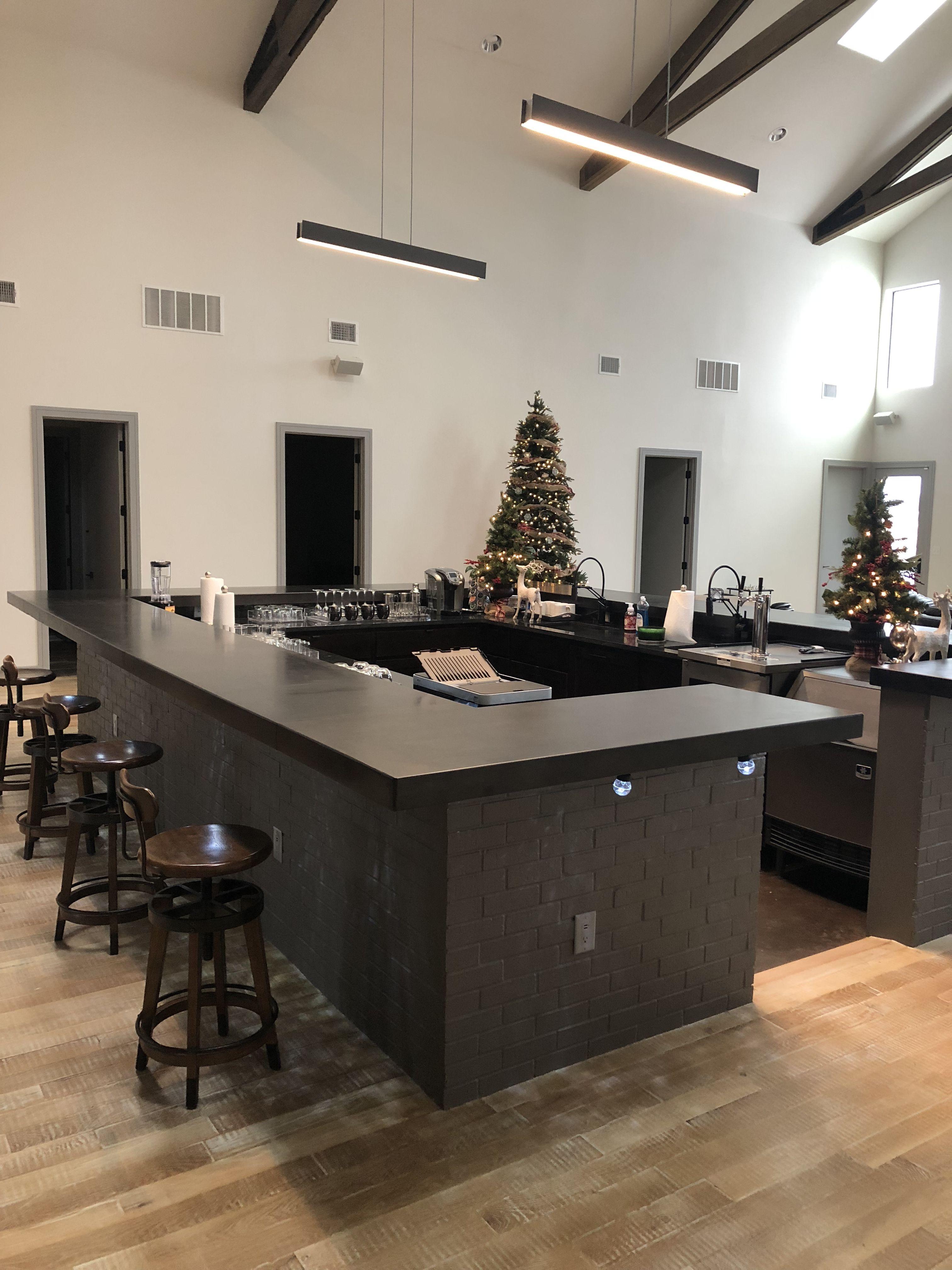 Wetbar Fullbar Whiskey Bar Homebar Barndo Concrete